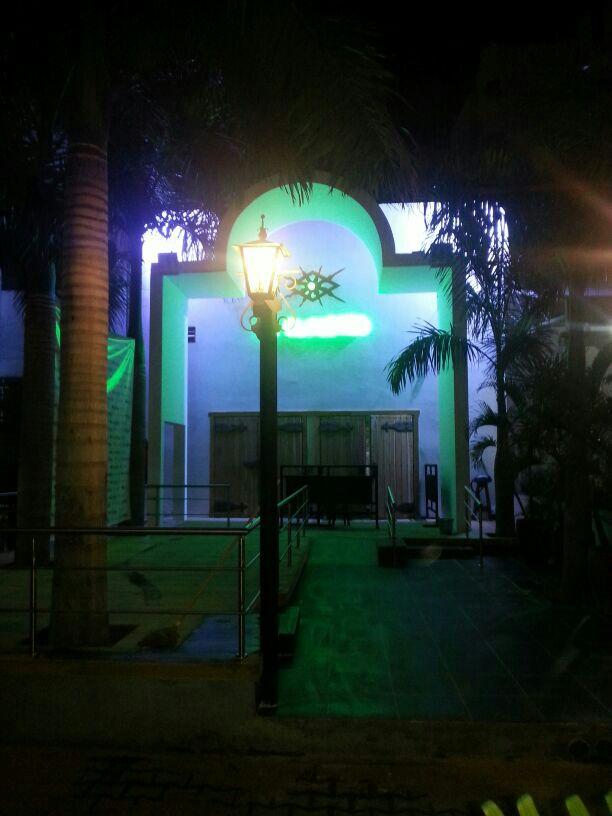 claustro night club