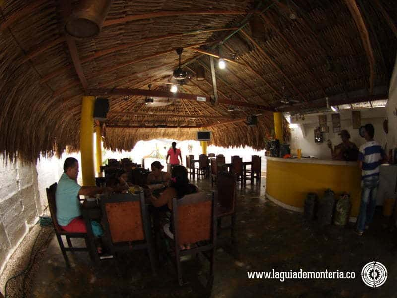 15-monteria-comida-chicharrones-where-to-eat-recommended-places-lugares-recomendados-where-to-eat-donde-comer-chicharron-restaurantes-negocios-hoteles-turismo