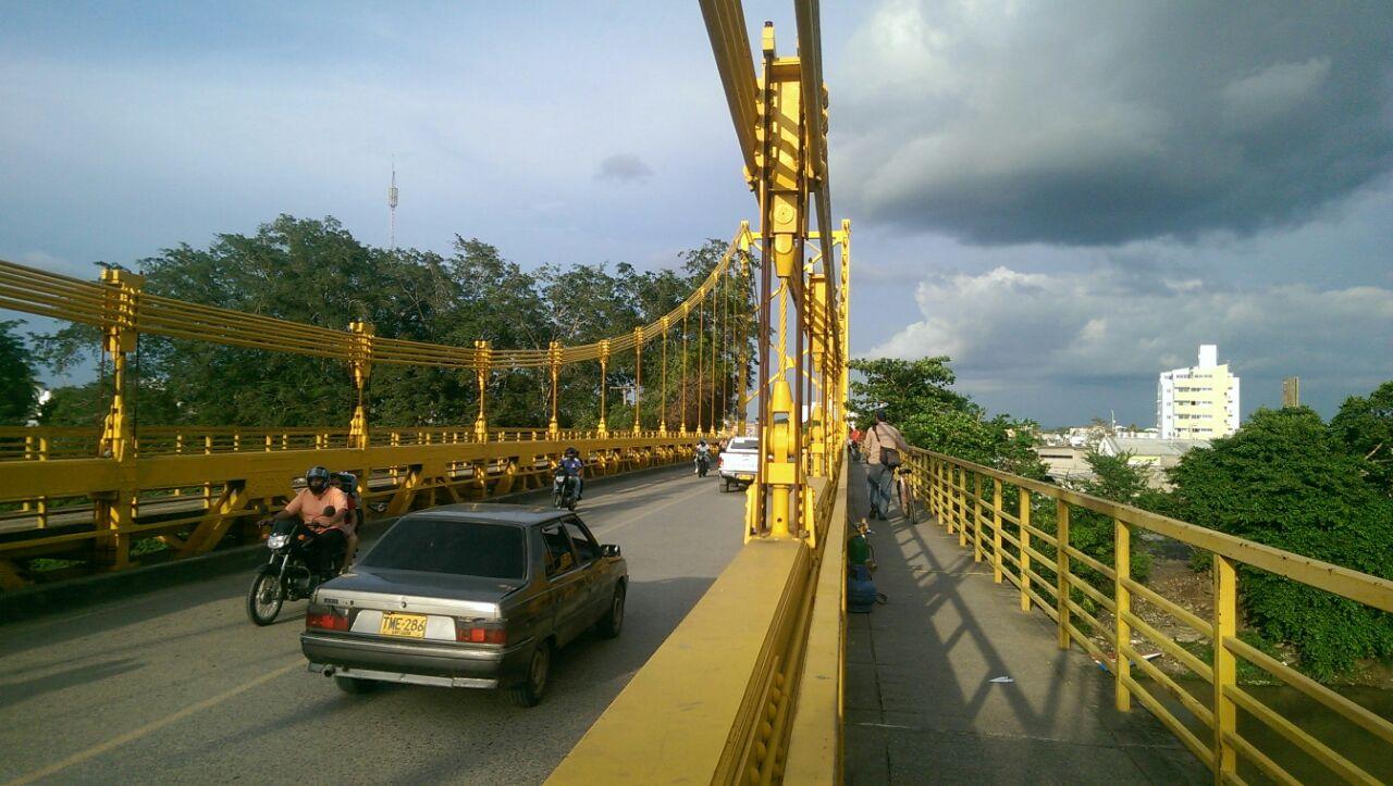 Cierre del Puente metálico