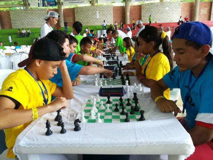 Campeones del I Torneo de Ajedrez del Caribe, Campeones del I Torneo de Ajedrez del Caribe, La Guía de Montería