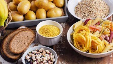 ¿Comer carbohidratos de noche engorda?