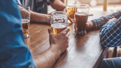 Colombianos no podrán consumir bebidas embriagantes en establecimientos