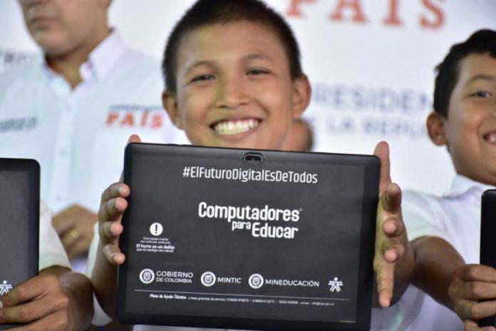 5.320 computadores serán distribuidos en 10 municipios de Córdoba