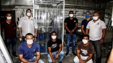 Cordobeses crearon cabina de desinfección contra Covid19