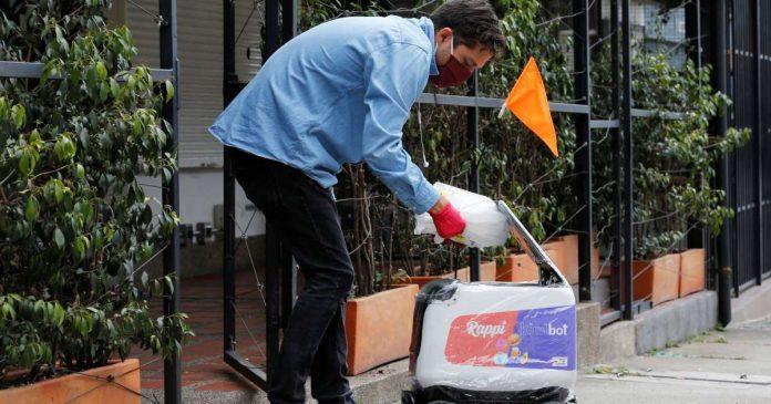 Entregas de domicilio por medio de robots en Colombia