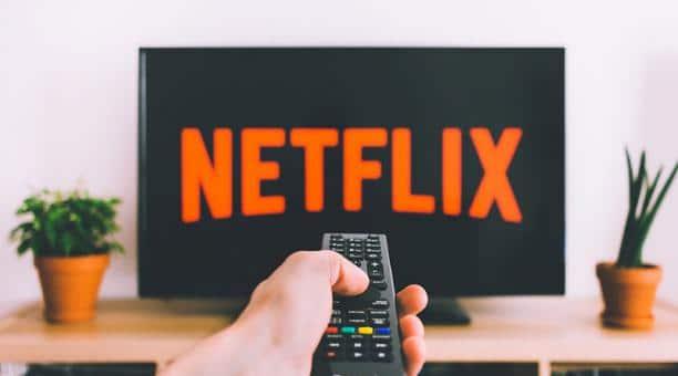 Netflix hará serie sobre el Covid19 con actores en cuarentena