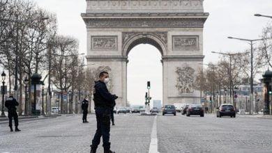 En Francia quien no cumpla cuarentena irá ayudar en hospitales