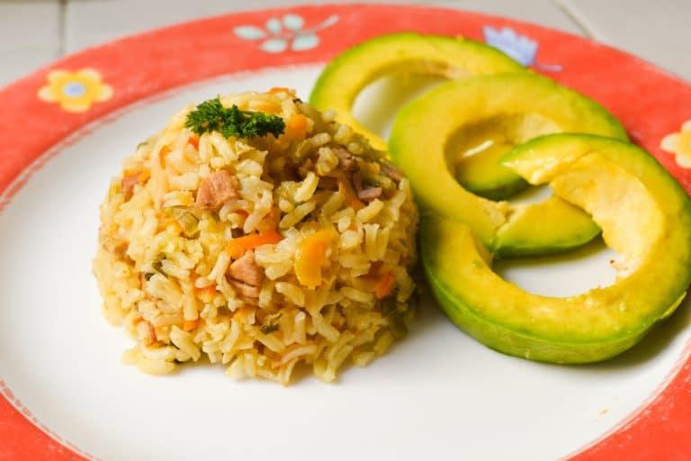Cocina en cuarentena: receta de arroz apastelado con cerdo y coco