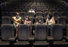 Autorizan reapertura de cines y teatros en Colombia