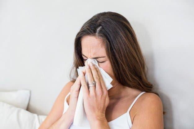 Conoce las causas y tipos de rinitis