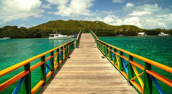 Exclusión del IVA a paquetes turísticos se extiende por un año