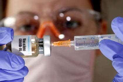 Johnson & Johnson probará vacuna contra COVID19 en menores de edad
