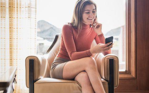 Razones por las que deberías dejar de sentarte con las piernas cruzadas