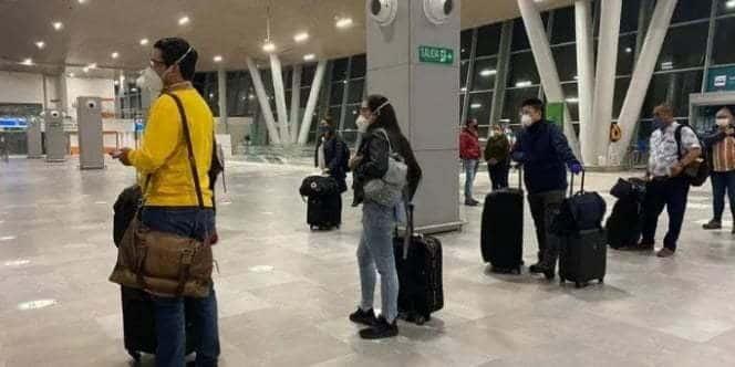 Exigirán de nuevo pruebas PCR a viajeros que lleguen a Colombia
