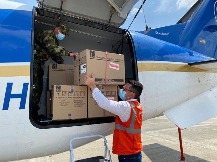 Alcalde Carlos Ordosgoitia recibe el primer lote de vacunas contra Covid