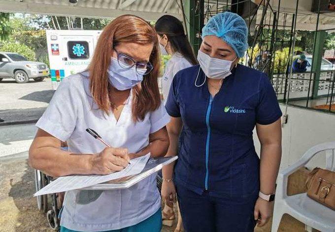 Inicia nuevamente vacunación del personal de salud de primera línea