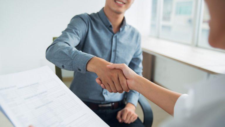 ¿Necesitas empleo? Este programa para jóvenes sin experiencia laboral te puede interesar