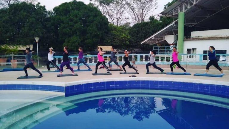 ¿Aeróbicos en piscina?: esta y otras actividades deportivas y recreativas de Comfacor en el Parque Recreacional Tacasuán